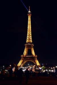eiffel-tower-2112173_1280